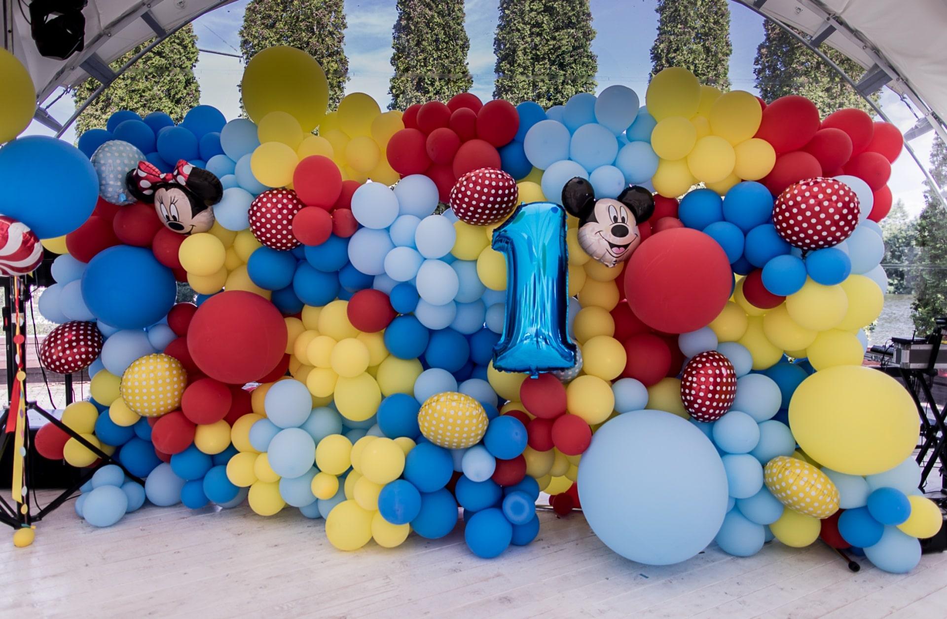 Использование воздушных шаров на праздниках
