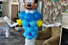Фигура из воздушных шаров Микки маус, Высота 1.7м.