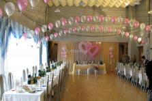 Оформление воздушными шарами свадьбы в розовых тонах.