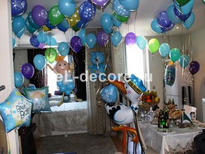 Украшение шарами квартиры для встречи из роддома
