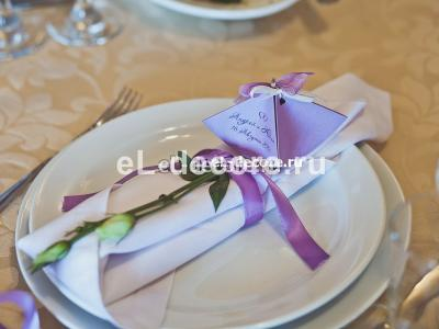 Сервировка стола, украшение приборов на свадьбу