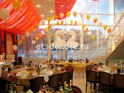 """Оформление воздушными шарами свадьбы в г. Климовск, ресторан """"Хамелеон"""""""