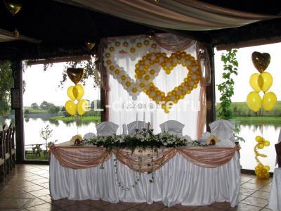 """Свадьба в ресторане """"Золотой сазан""""(шары+ткань+цветы)"""
